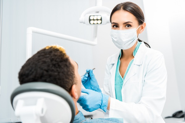 When To See An Emergency Dentist For Severe Oral Pain